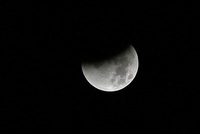 Последнее в2015-м году лунное затмение новгородцы увидят 16сентября