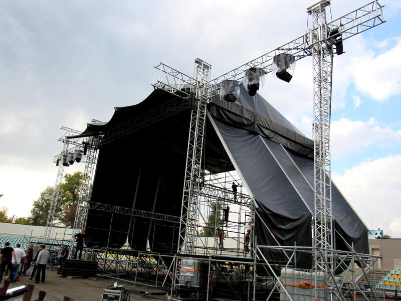 Концерт «Океан Эльзы» произвел фурор наДонбассе: десятки тыс. созерцателей