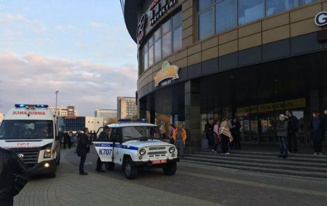 Вминском коммерческом центре неизвестный сбензопилой напал насотрудницТЦ