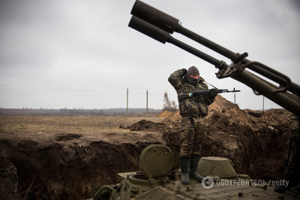 Украинским военным разрешили сбивать самолеты ивертолеты, нарушившие границу