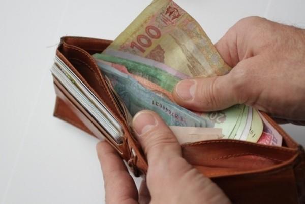 После поднятия тарифов задолженность закоммуналку подросла на14%