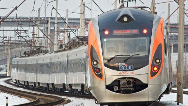 Запорожье: «Укрзализныця» назначила дополнительные рейсы высокоскоростного поезда Киев