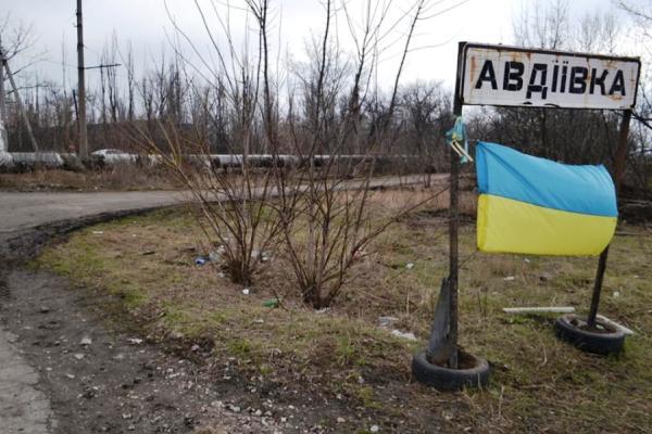 Монтажники восстановили электроопоры сконтролируемой украинскими военнослужащими стороны— Жебривский