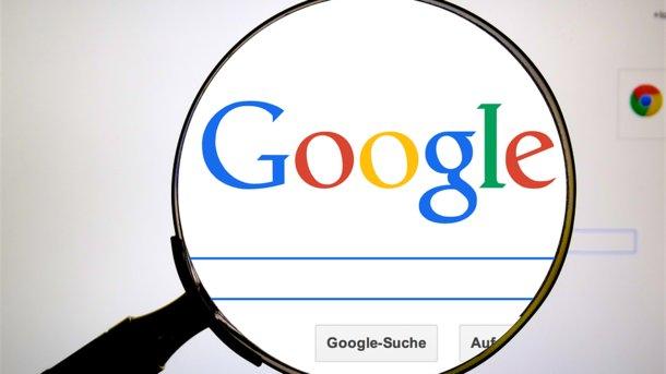 Роскомнадзор требует отGoogle объяснить «понижение» новостейRT